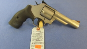 Smith & Wesson MODEL 69 44 MAG