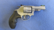 SMITH AND WESSON 317