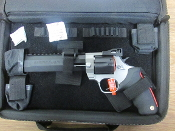 TAURUS RAGING HUNTER 44 DELUXE